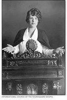 woman-preacher
